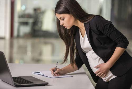 увольнение беременных незаконно