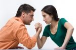 Может ли сожительница претендовать на наследство – имеет ли право она претендовать на что-то после смерти мужа (быть наследником его имущества), если они не состояли в официальном браке?